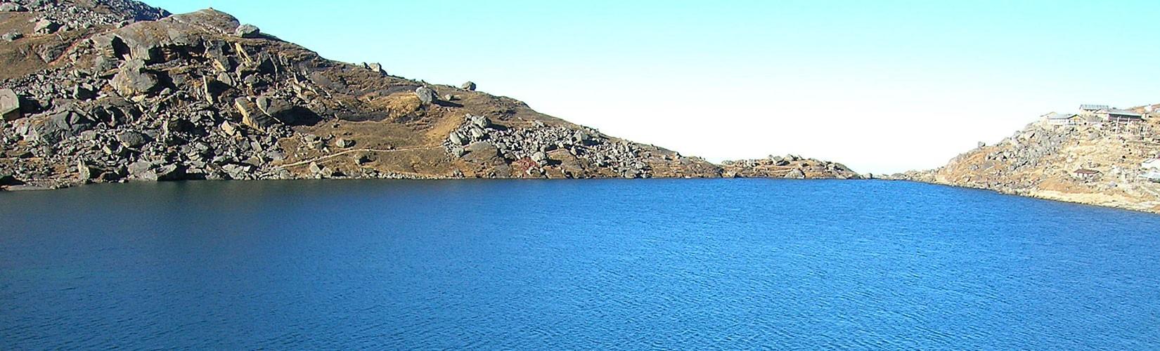 Goshainkunda Tour and Trek